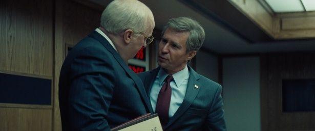 """「大事なのはキャラクターを見出すこと」と、ブッシュの""""無邪気な""""魅力まで完コピしたロックウェル"""