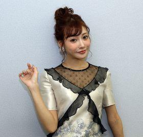 『アイアンガール』の明日花キララ「またいつでもアイアンスーツを着られるように体型維持を心がけます!」