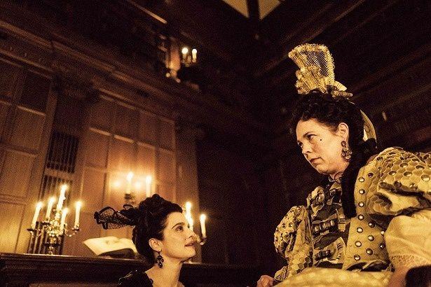 女優陣の競演が話題の『女王陛下のお気に入り』