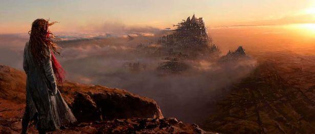 """""""都市が移動して都市を喰う""""という壮大な物語を迫力の映像と共に描く"""