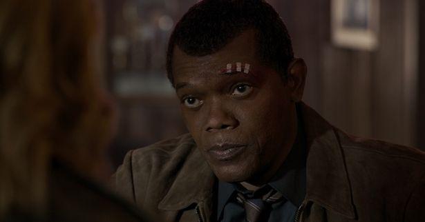 【写真を見る】ニック・フューリー(サミュエル・L・ジャクソン)が若き姿で登場。まだ、眼帯もない