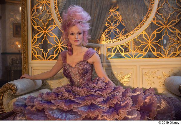 劇中でシュガー・プラムを演じているのは人気女優キーラ・ナイトレイ!