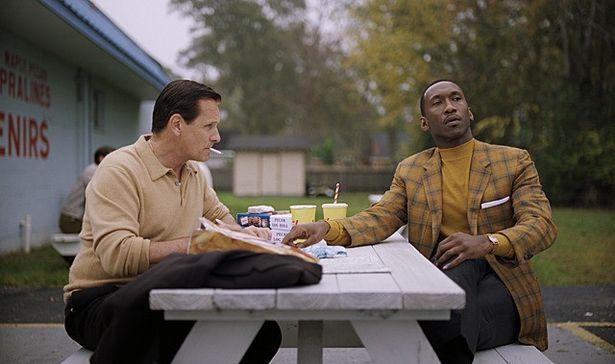 異なる世界にいた男たちが友情を育んでいく。名優2人の演技に監督も「シビれた!」