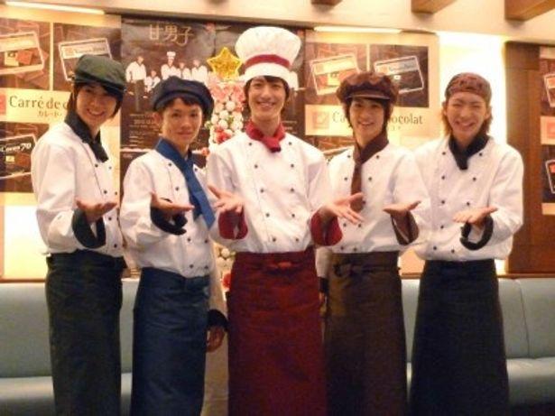 舞台「甘男子~あまだん~」の制作発表に出席した(写真左から)太田基裕、小西成弥、水田航生、秋元龍太朗、前田公輝らが出席した