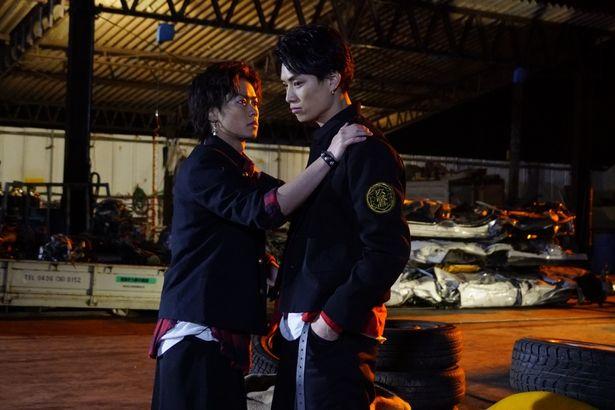 鈴木は竜を演じた川村壱馬と、ドラマと映画の撮影で実際に3か月をともに過ごした