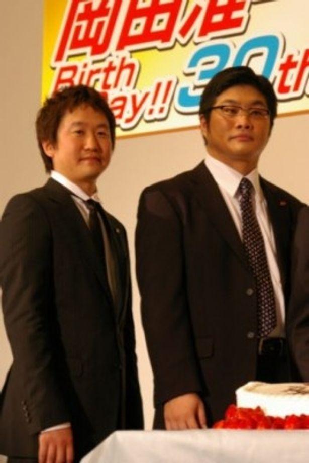 「SP 野望篇」の大ヒット御礼舞台あいさつに出席した波多野貴文監督と松尾諭(写真左から)