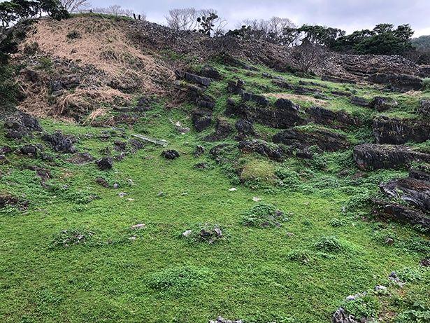 今帰仁城跡は世界遺産にも登録されている