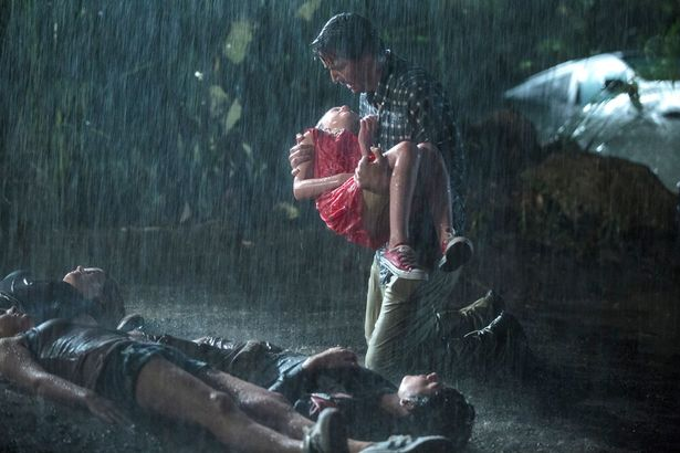 雨の中、爆走するなんて正気の沙汰じゃない!