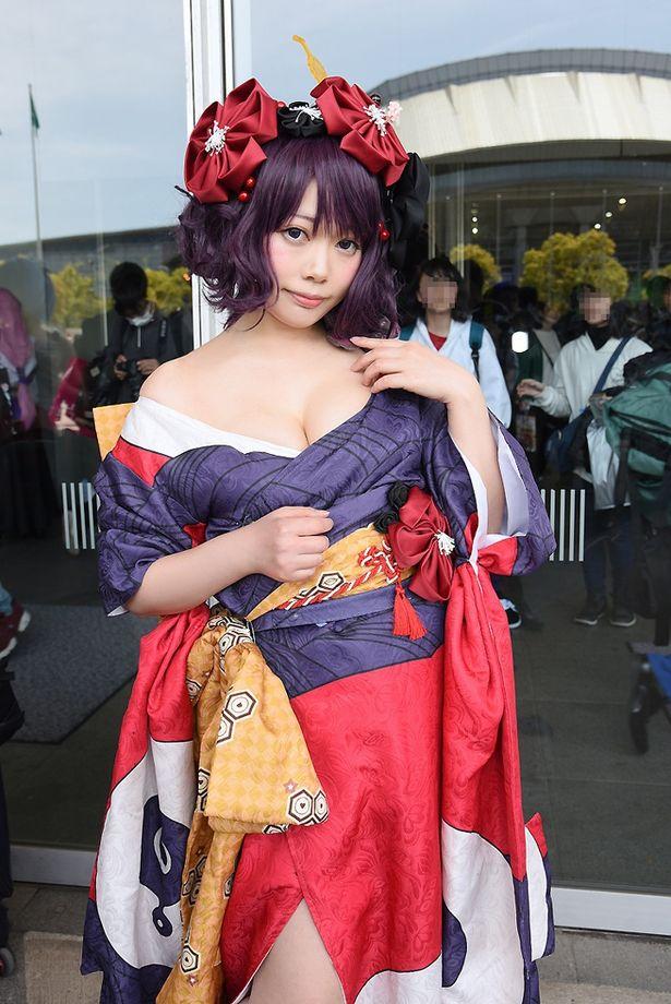 「Fate/Grand Order」の葛飾北斎に扮する穂南しずくさん