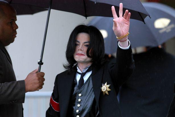 故マイケル・ジャクソンの息子たちが、元気な姿を投稿!