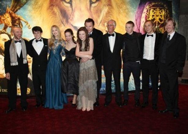 主要キャストのマイケル・アプテッド監督を始め、出演者のジョージー・ヘンリー、スキャンダー・ケインズ、ベン・バーンズらが登壇