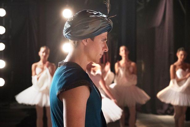 伝説的なダンサー、ルドルフ・ヌレエフの知られざる真実を描いた『ホワイト・クロウ 伝説のダンサー』