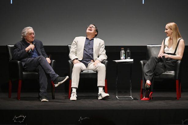 トライベッカ映画祭のトークシリーズで鼎談するデヴィッド・O・ラッセル監督とジェニファー・ローレンス、ロバート・デ・ニーロ