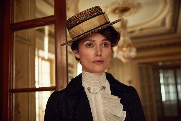 キーラ・ナイトレイがフランス作家のシドニー=ガブリエル・コレットを演じる『コレット』