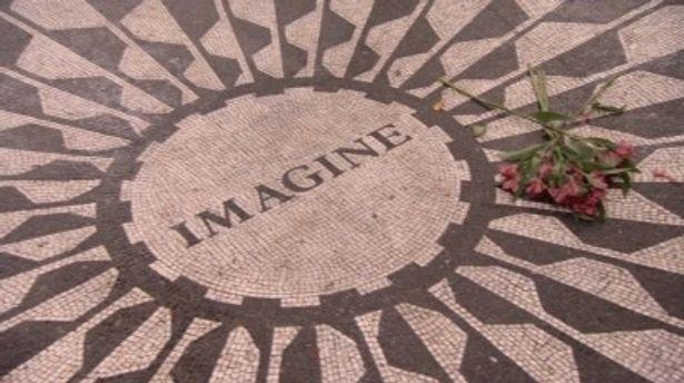 アメリカ・ニューヨークにあるイマジンの碑