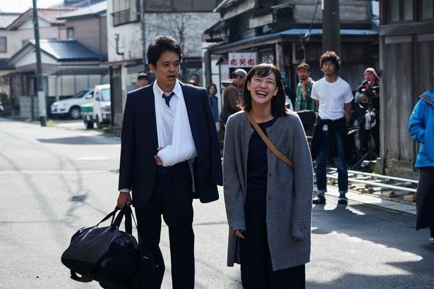 【写真を見る】池松壮亮演じる宮本浩が帰ってくる!主要キャスト陣はドラマ版から続投