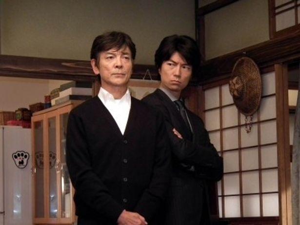 「刑事定年」第7話で5年ぶりの共演は果たした柴田恭兵と仲村トオル(写真左から)