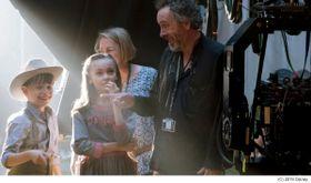 ティム・バートン監督、『ダンボ』にお気に入りシーンは「ない」!? MovieNEXの発売日が決定