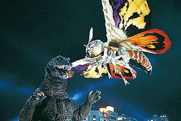モスラの翼長は75m、体重は1万5000t