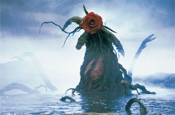 ビオランテ(花獣)は体長85m、体重6~10万t