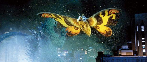 翼長108m、体重1万2000tのモスラとバトル!