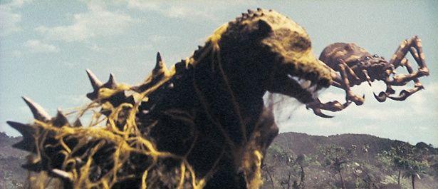 クモンガは体長60m、体重1万3000t