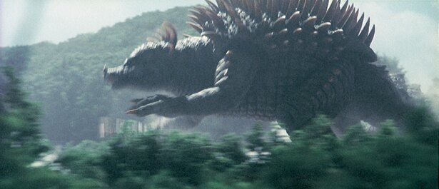 アンギラスは体長160m、体重6万t