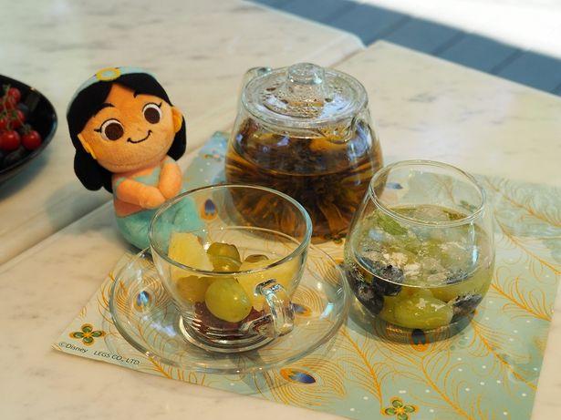 <ジャスミン>フルーツ in 茉莉花茶(1290円+税)