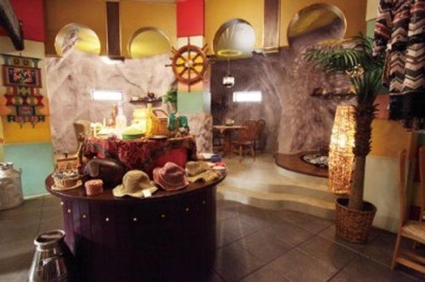 主人公たちのたまり場になっている多国籍料理店・クスクシエが見られる!