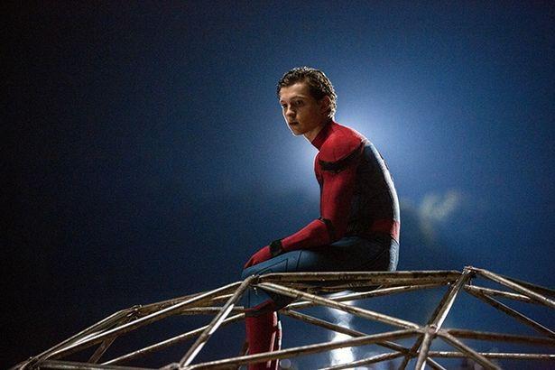 真面目な才女リズ(ローラ・ハリアー)に片思いする『スパイダーマン:ホームカミング』のピーター