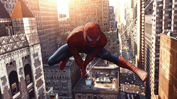 作品によって主人公ピーター・パーカーの性格や見た目、能力が異なるスパイダーマン(写真は『スパイダーマン2』)
