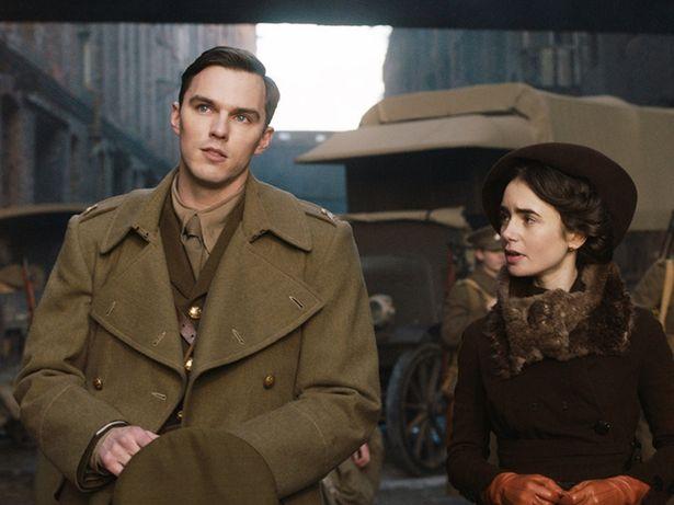 トールキン役を演じるのは『マッドマックス 怒りのデス・ロード』のニコラス・ホルト