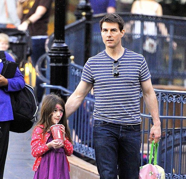 トム・クルーズ娘のスリが美しく成長!