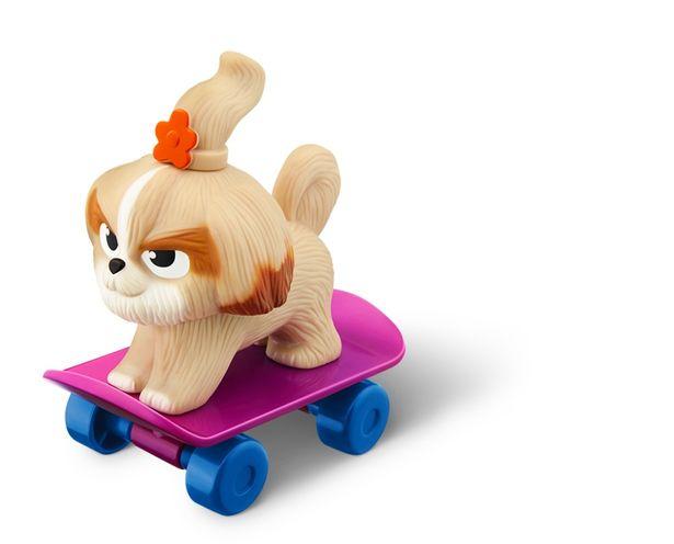 スケートボードに乗ったデイジーのアイテム