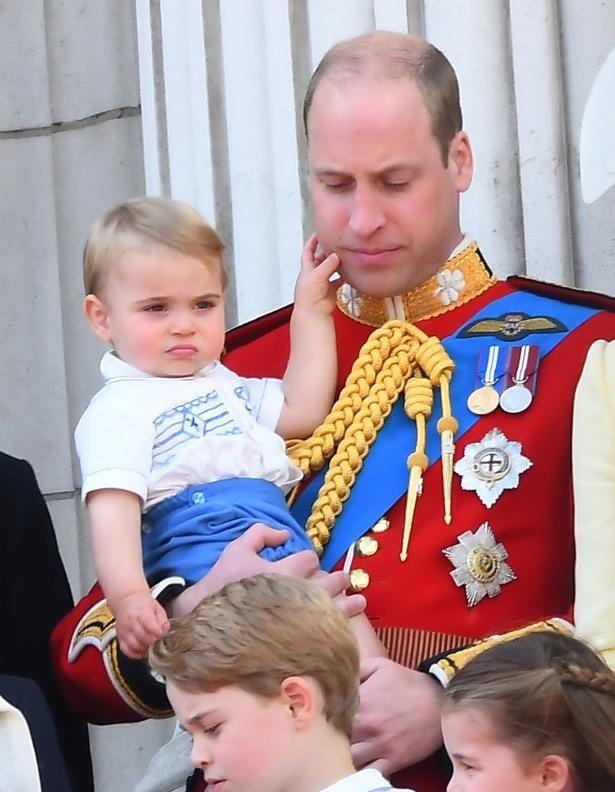 ルイ王子の独特な表情がまたも話題に