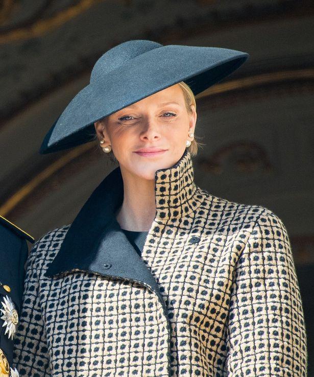 シャルレーヌ公妃のグリーンドレス姿が絶賛!