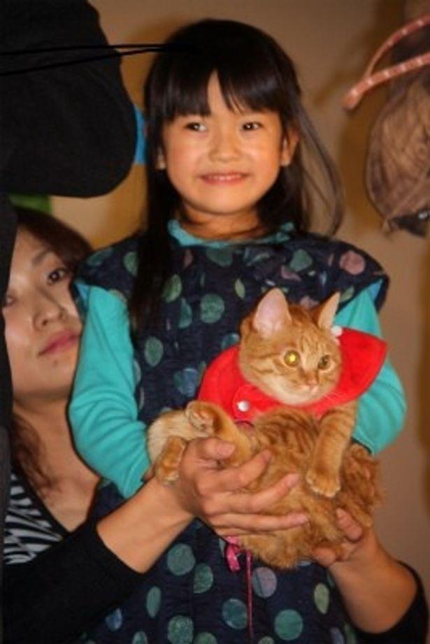 【写真をもっと見る】可愛い!孫娘役の奥田いろはは今年ブレイク必至の人気子役