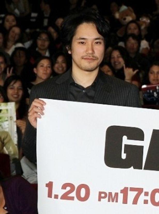 英語は苦手と言いつつも、ハリウッドで行われた舞台挨拶では流暢な英語で挨拶した松山ケンイチ