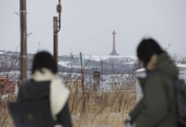 遠くにそびえるのは稚内の観光スポットとしても有名な稚内公園の開基百年記念塔