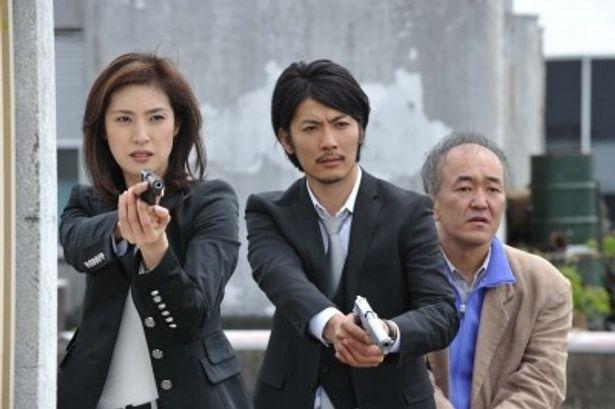 絵里子(天海)率いる「特別犯罪対策室」のメンバーが難事件に挑む!