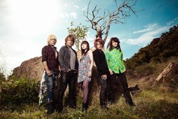 2000年に結成されたアニソン界のスーパーユニットJAM Project。現在のメインメンバーは影山ヒロノブ、遠藤正明、きただにひろし、奥井雅美、福山芳樹の5人