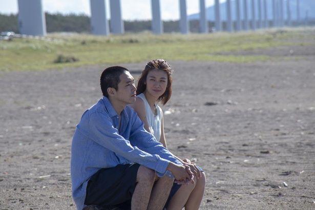 結婚直前に会った元カレとの情事を描く大人のラブストーリー『火口のふたり』