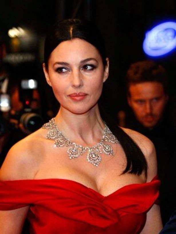 4位は『マレーナ』(00)のイタリア人女優モニカ・ベルッチ