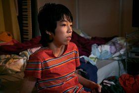 """NIKEモデルやインスタで話題!注目の16歳""""YOSHI""""が攻めのファッションを披露<写真15点>"""