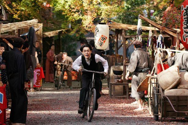 【写真を見る】成田凌が活動弁士を夢見る青年に!『カツベン!』がGALAスクリーニング作品に