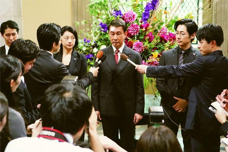 記憶喪失になった総理大臣はピンチを乗り切れるのか?(『記憶にございません!』)