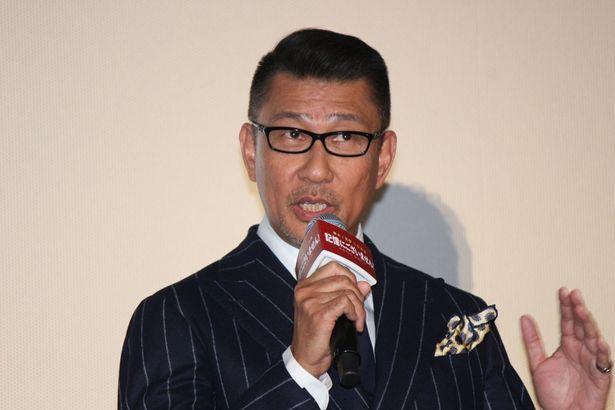 総理大臣の黒田を演じた中井貴一