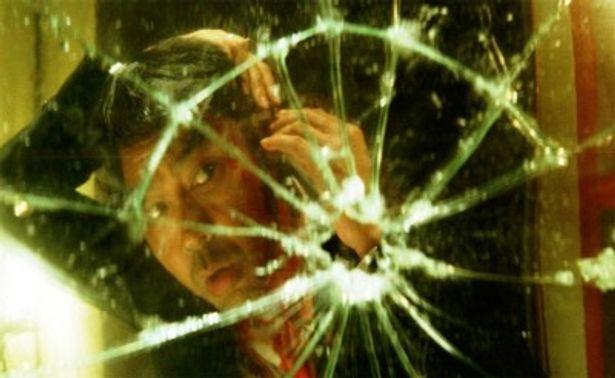 『つきせぬ想い』(93)のラウ・チンワンが、特殊能力を持つ犯罪者プロファイラー役にトライ
