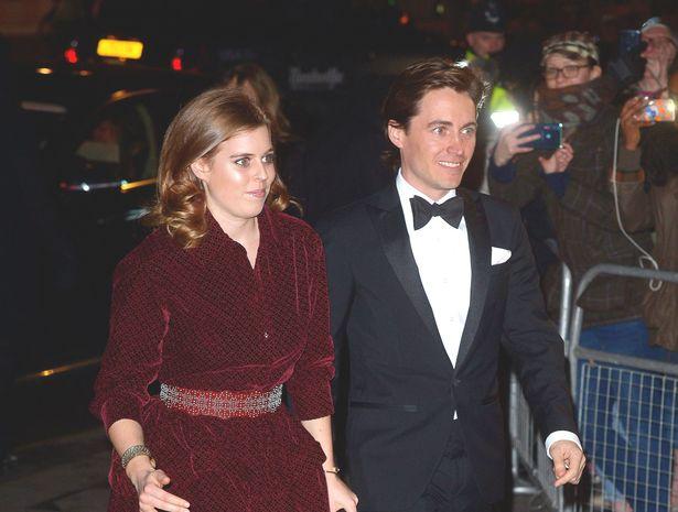 ベアトリス王女が実業家の恋人と婚約を発表