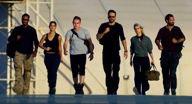 ライアン・レイノルズ主演×マイケル・ベイ監督の夢の最強タッグ!Netflixオリジナル映画『6アンダーグラウンド』